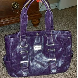Gorgeous Kenneth Cole reaction bag PURPLE Leather